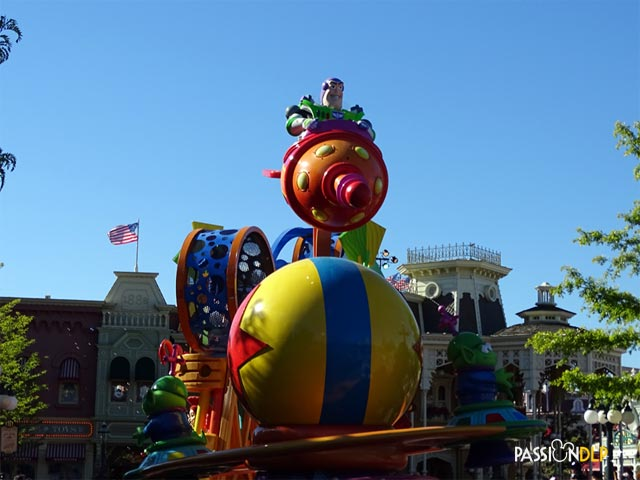 disney stars on parade